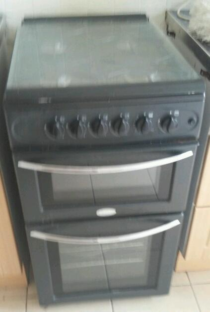 Electric cooker. Very good looks still new