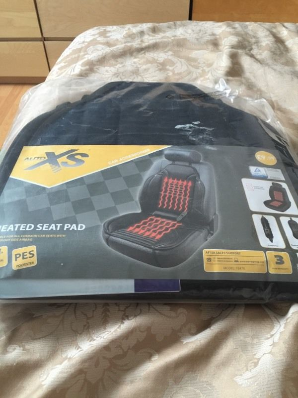 Heated seat pad for car