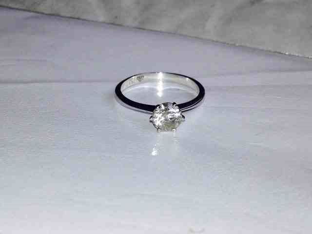 18ct white gold and 0.99ct engagment ring.