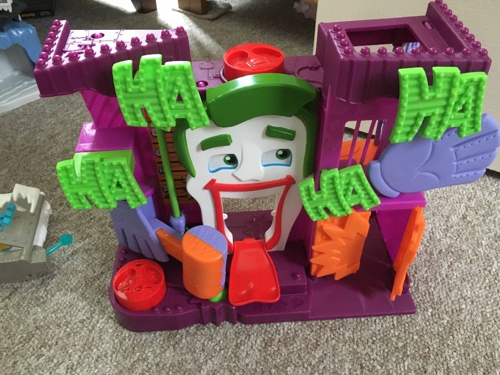 Imaginext Joker and Mr Freeze hideouts, Spider-Man and green goblin hide out