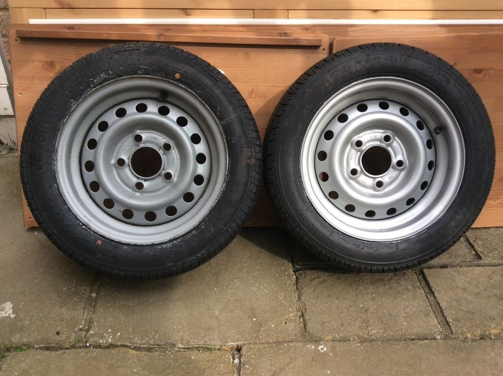 Trailer rims and tyres x2