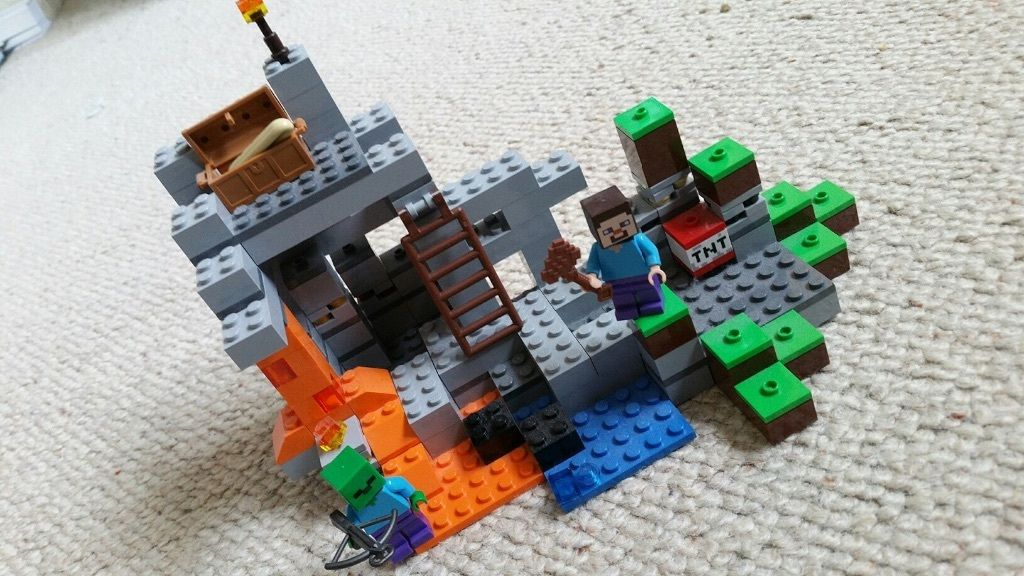 Lego Minecraft The Cave?