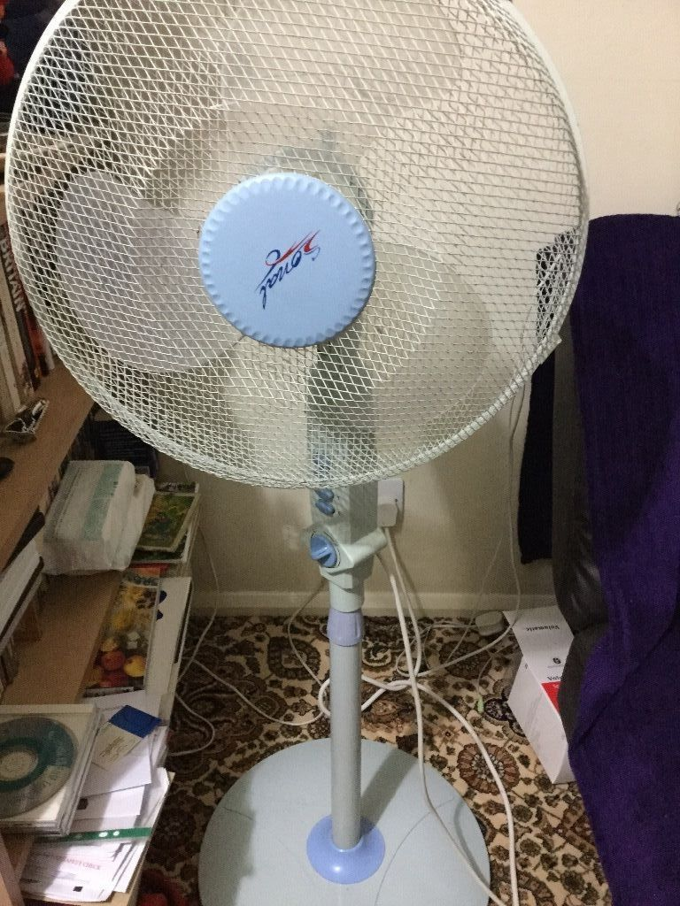 3 speed Stand fan in good condition
