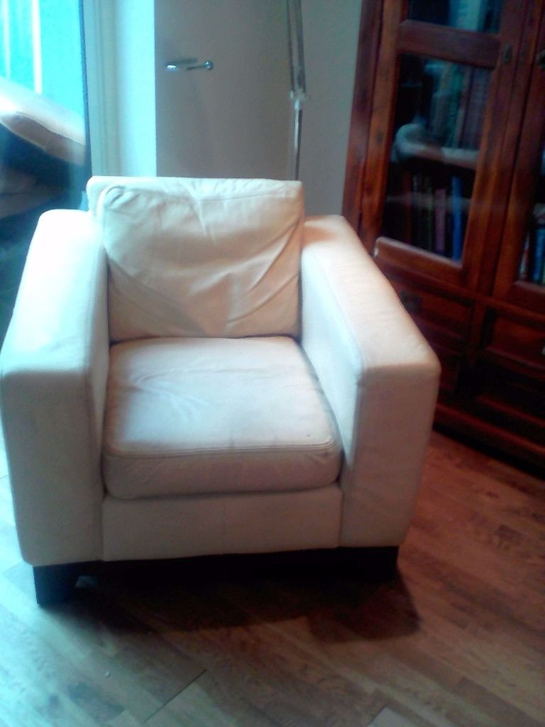 A 2seater cream leather sofa and 2chairs FREE TO COLLECTOR