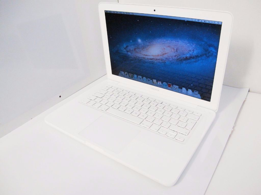 MACBOOK UNIBODY 1342 MID 2009 INTEL CORE 2 DUO 2.26GHZ 2GB RAM 250GB HDD WIIF WEBCAM
