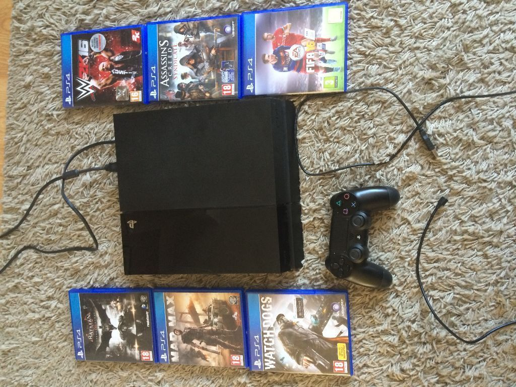 MINT PS4 1 CONTROLLER 5 GAMES !