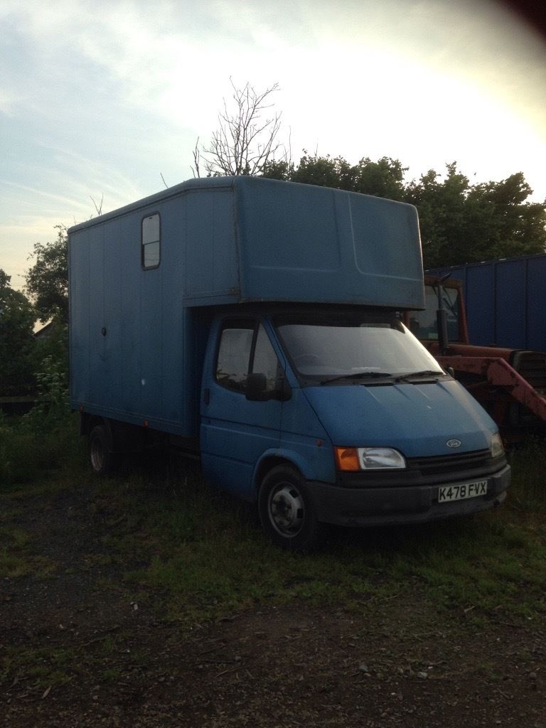 Ford Transit 3.5T Pony Box