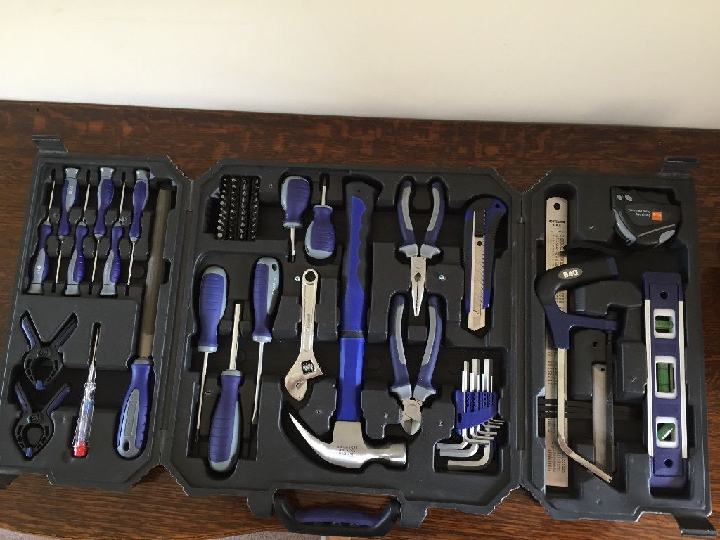Complete tool set, as new