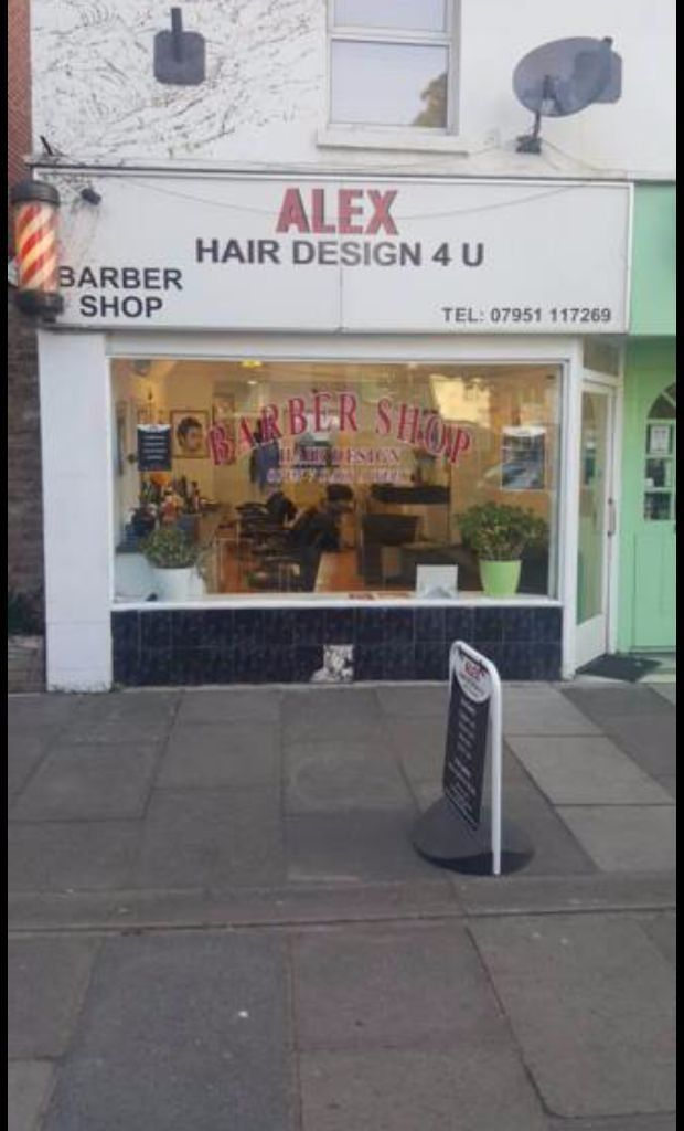 Full time / Part Time Barber Required!
