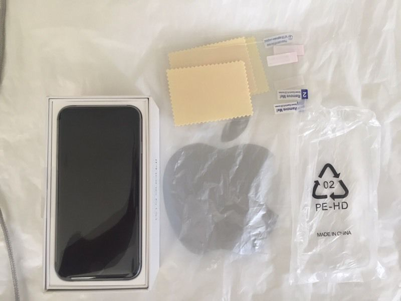 Brand New Sealed Apple iPhone 6S Space Gray Factory Unlocked with Warranty from Apple Store