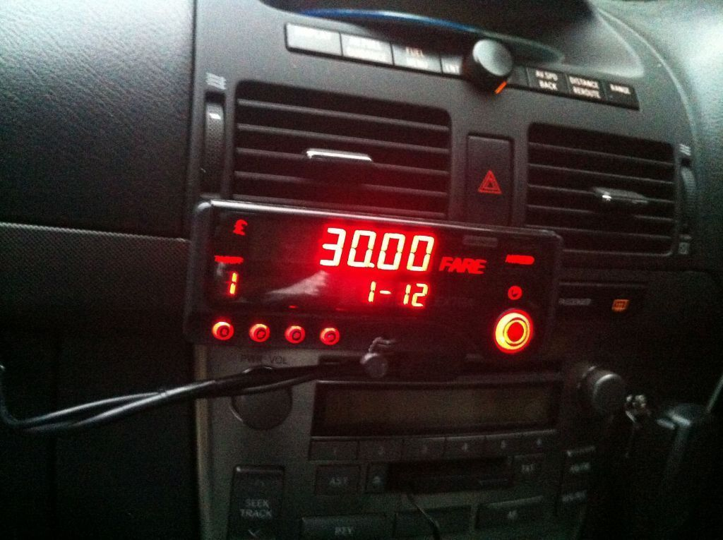 Taxi Meter (MT1000) complete with Mounting Plate and Wiring Loom