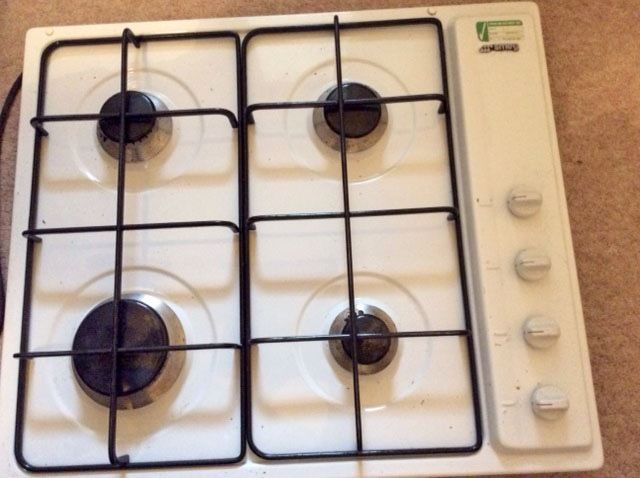 SMEG Four Ring Gas Hob in White