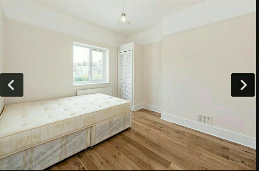 Spacious charming double bedroom are available for rent just 5 min from Wood Green Station.