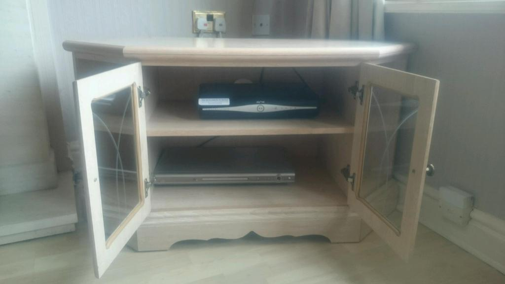 TV Cabinet & Matching Corner Display Cabinet