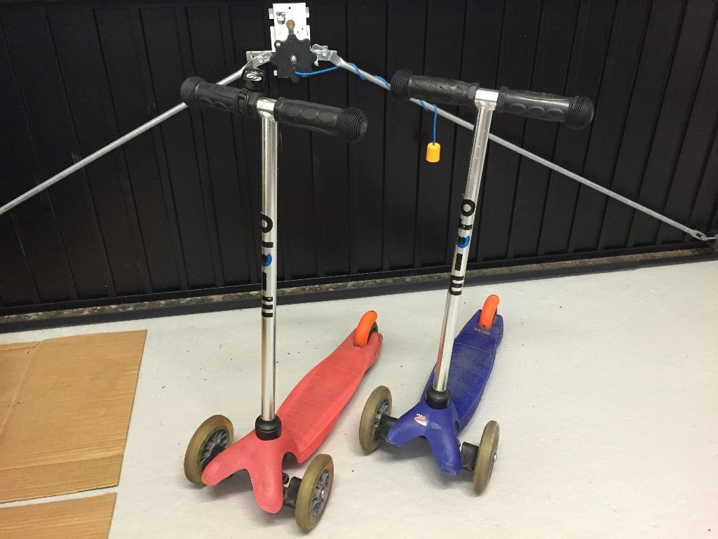 2 x Mini Micro Scooters in Blue and Pink