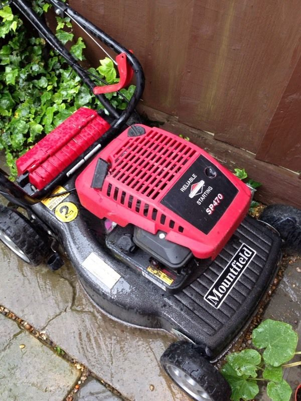 Mount field petrol mower