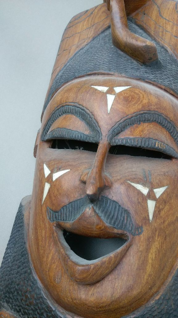 Large wooden African Head 94 cm long by 36 wide