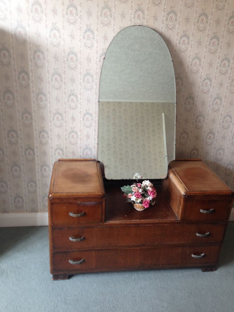 Vintage Austinsuite 1950's/60's Bedroom Furniture