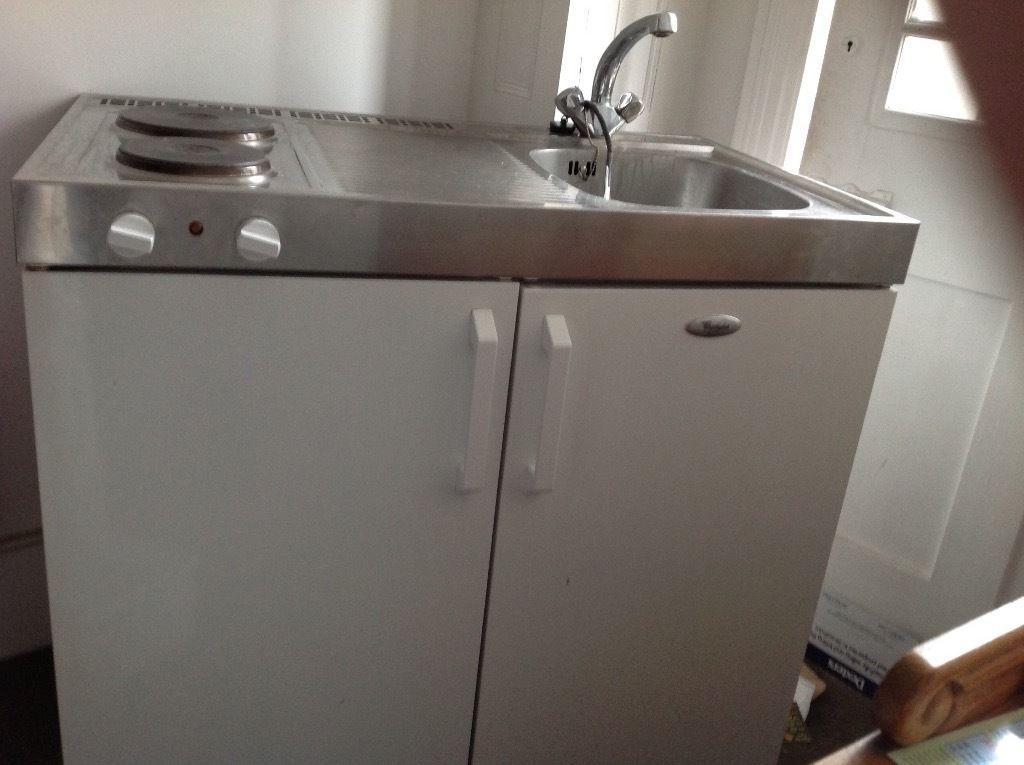 MINI KITCHEN for STUDIO FLAT or TINY KITCHEN. EXCELLENT CONDITION