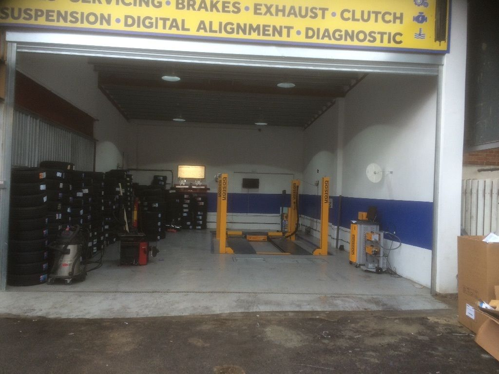 Car mechanic / mot tester