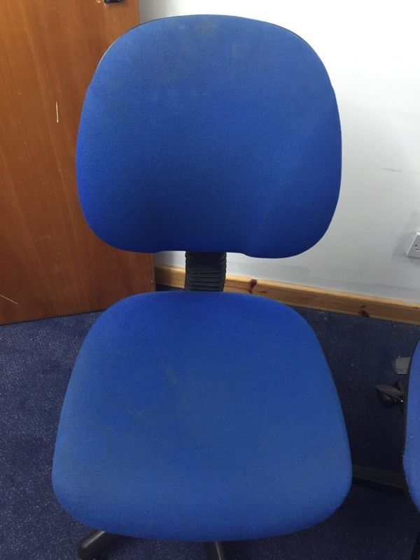 Blue swivel chairs & desk for bargain price