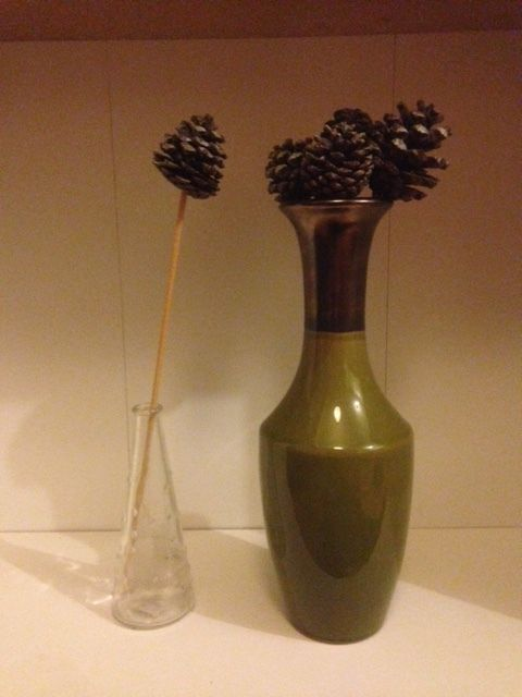 Vases for flowers & a desk lamp