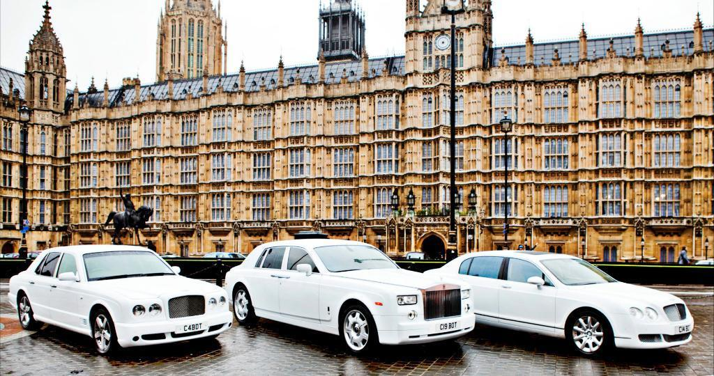 Rolls Royce Phantom / Bentley Flying Spur / Bentley Arnage / Merc S Class / for Wedding Car Hire