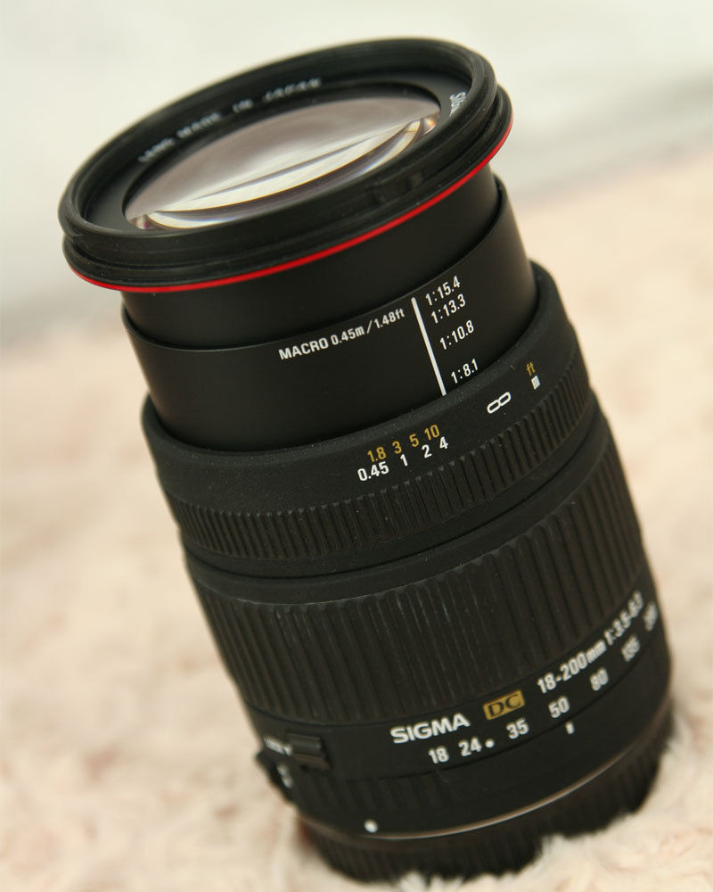 Sigma DC 18-250mm F/3.5-6.3 OS HSM DC Lens Canon