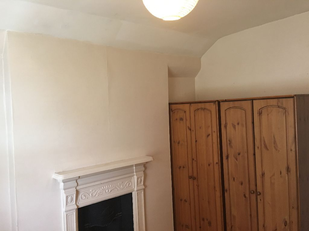 05 rooms to rent in Tooting Broadway