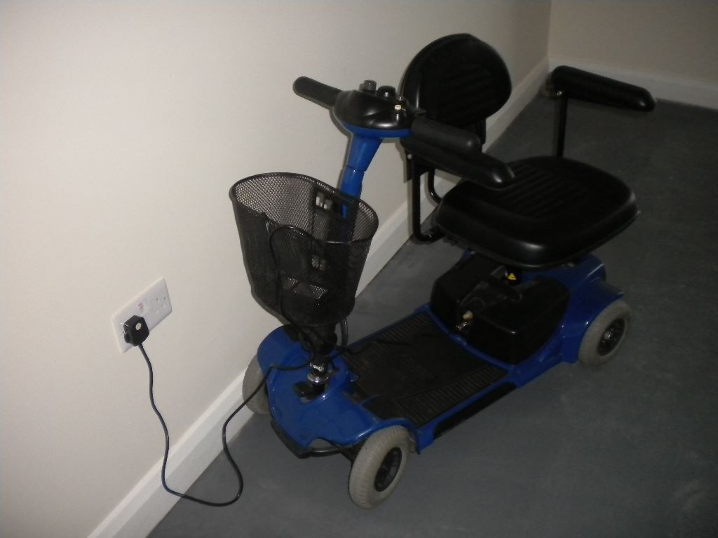 Mobility Scooter, Go Go Ultra, With charger