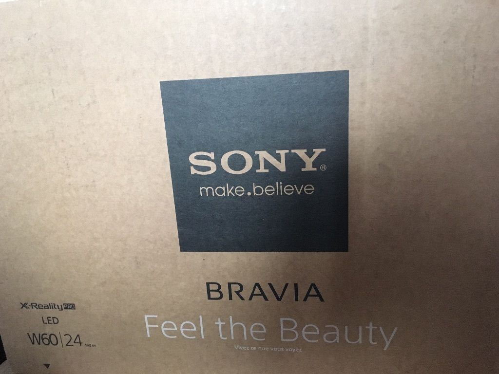 Sony Bravia 24in smart tv with bracket and stand