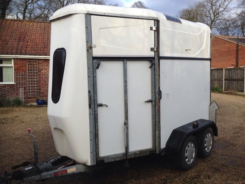 Indespension 2008 horsebox trailer,