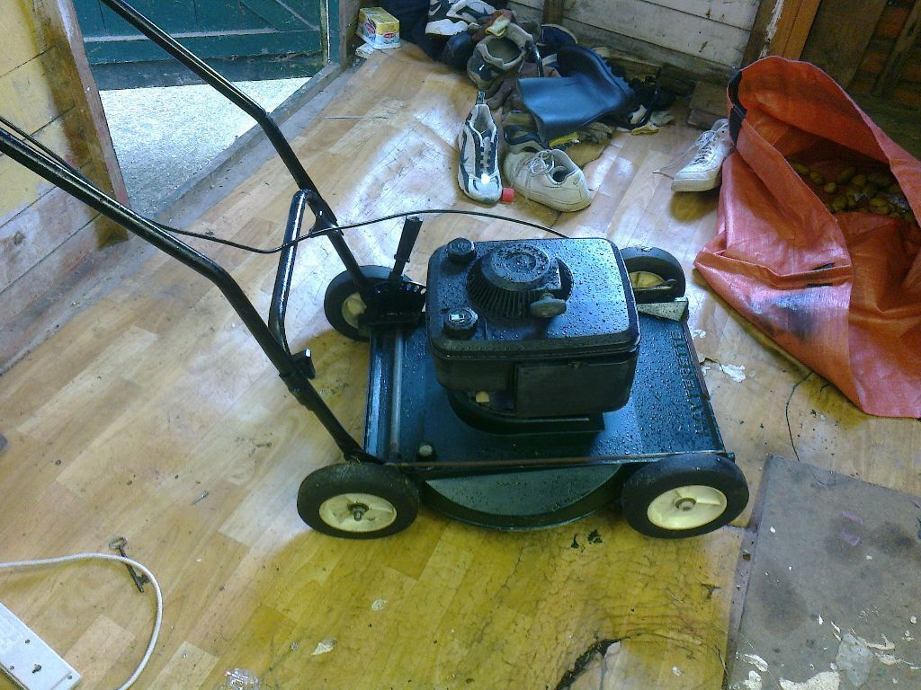 haterette lawnmower