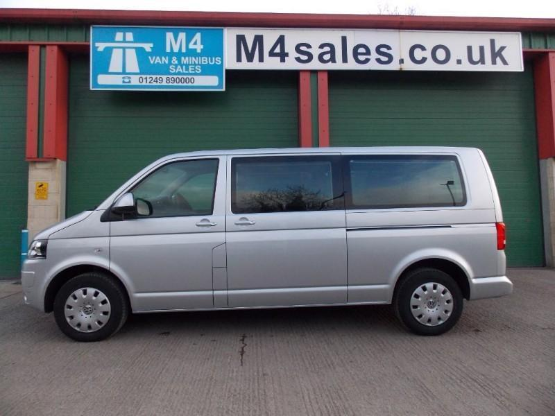 VW Transporter 140ps,9st Shuttle SE Minibus. Only 2800miles
