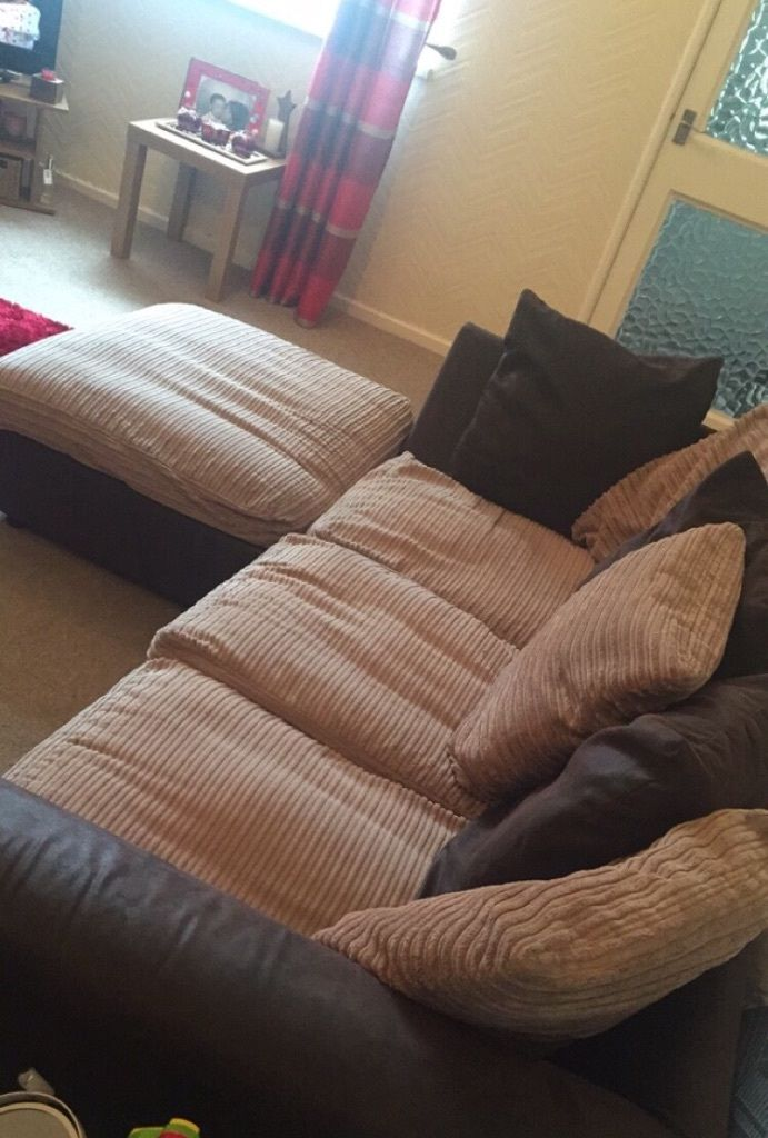 Brown corner sofa. £35 if gone today!!