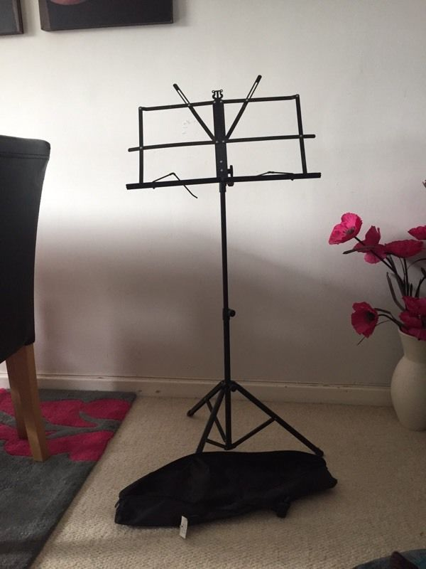 Black music stand - 2 available