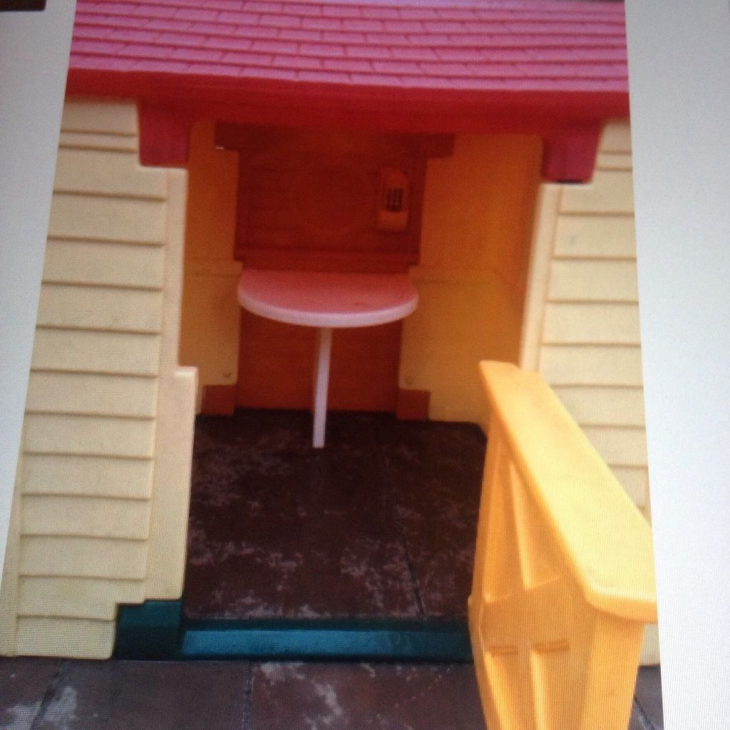 Wanted little tikes playhouse..