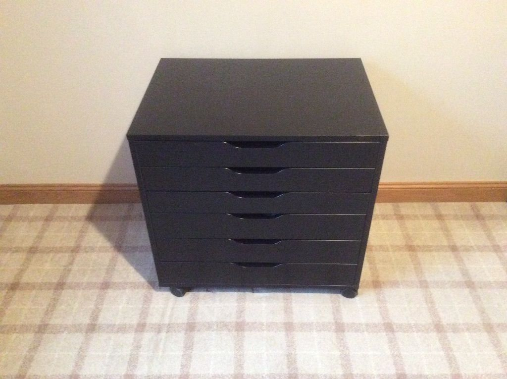 Six Drawer Chest.Black.