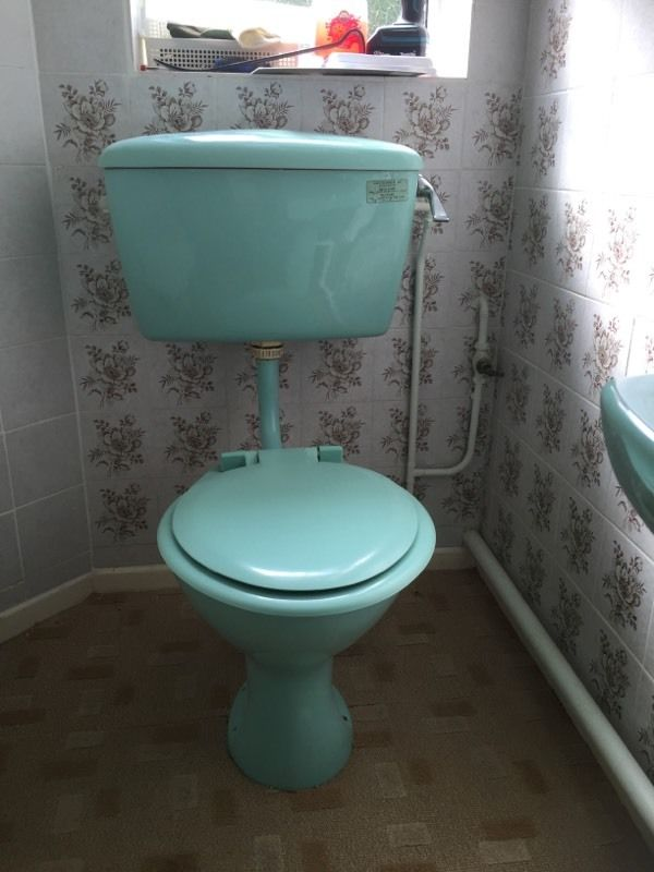 Armitage Shanks Turquoise toilet and sink 1970's