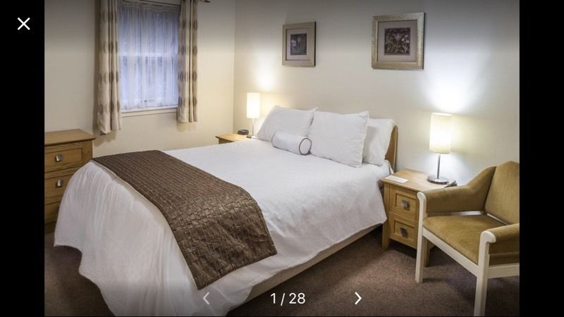 2 night hotel stay in Kenmore Club cottage - sleeps 6