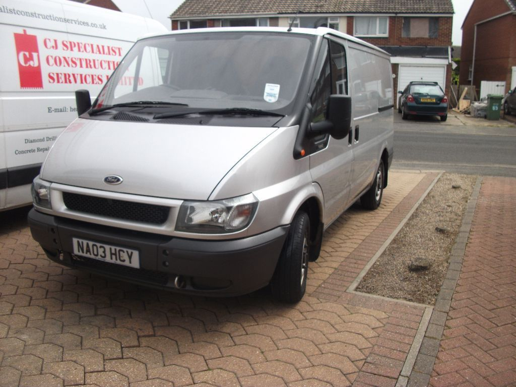 Ford transit 260 short wheel Base lx spec silver towbar