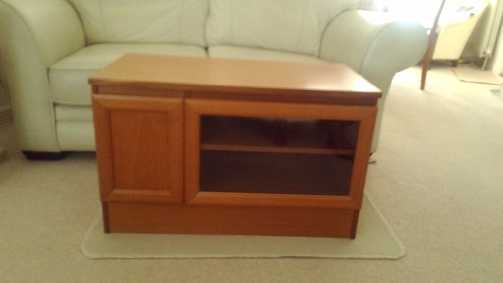 TV Unit. Solid wood, in excellent condition