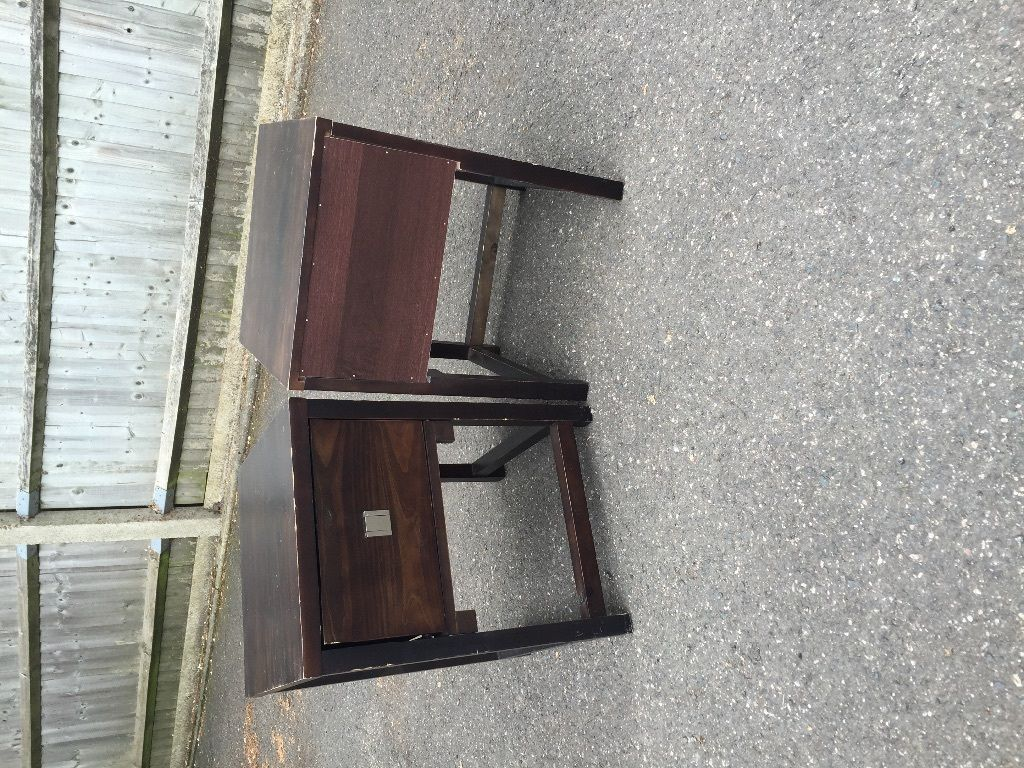 Dark wood Bedside Tables and Chest Of Draws for sale!!!