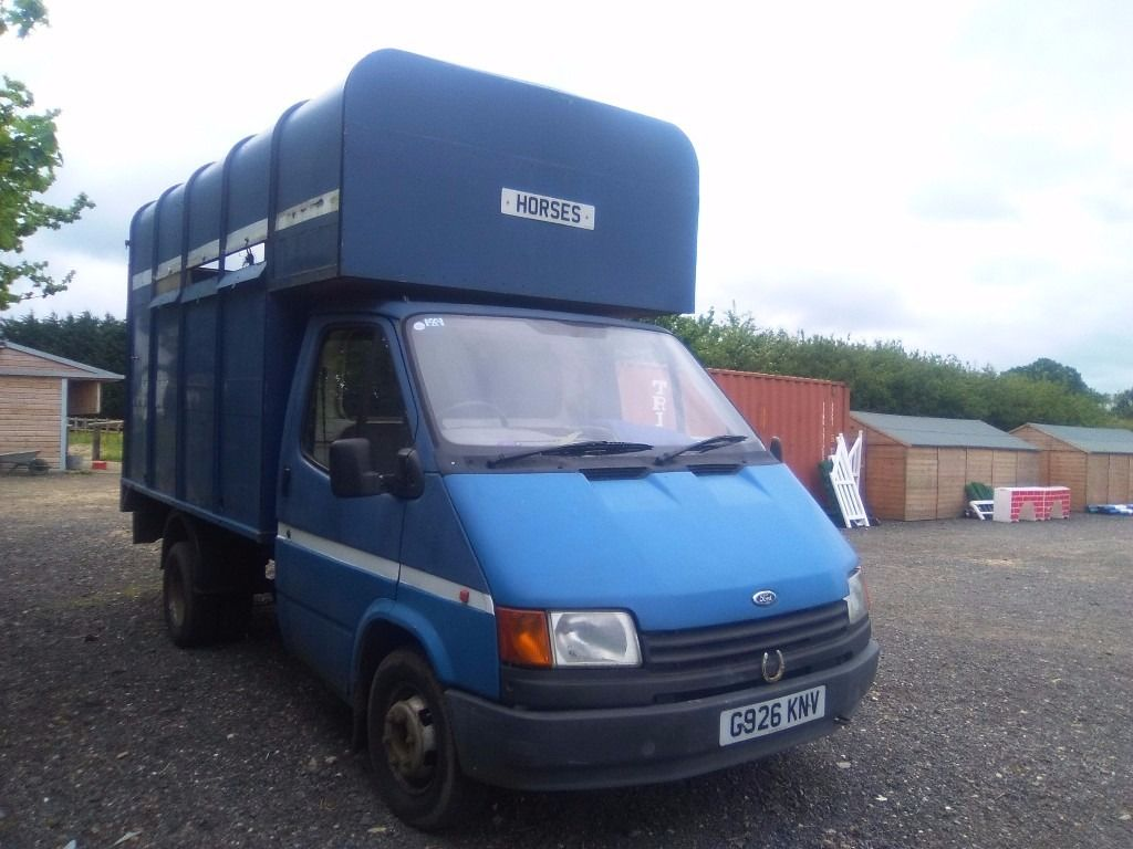 FORD TRANSIT HORSE BOX-G-1990 DIESEL 2.5 MOT D 2 HORSE REAR RAMP ** READY TO GO FOR SUMMER **