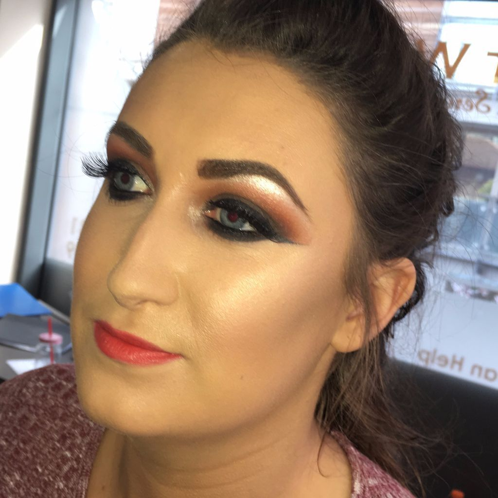 Make-Up Artist liverpool. Mobile makeup appointments available 7 days a week
