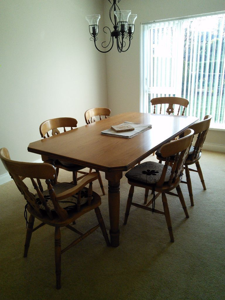 Country Kitchen Style Dining Suite