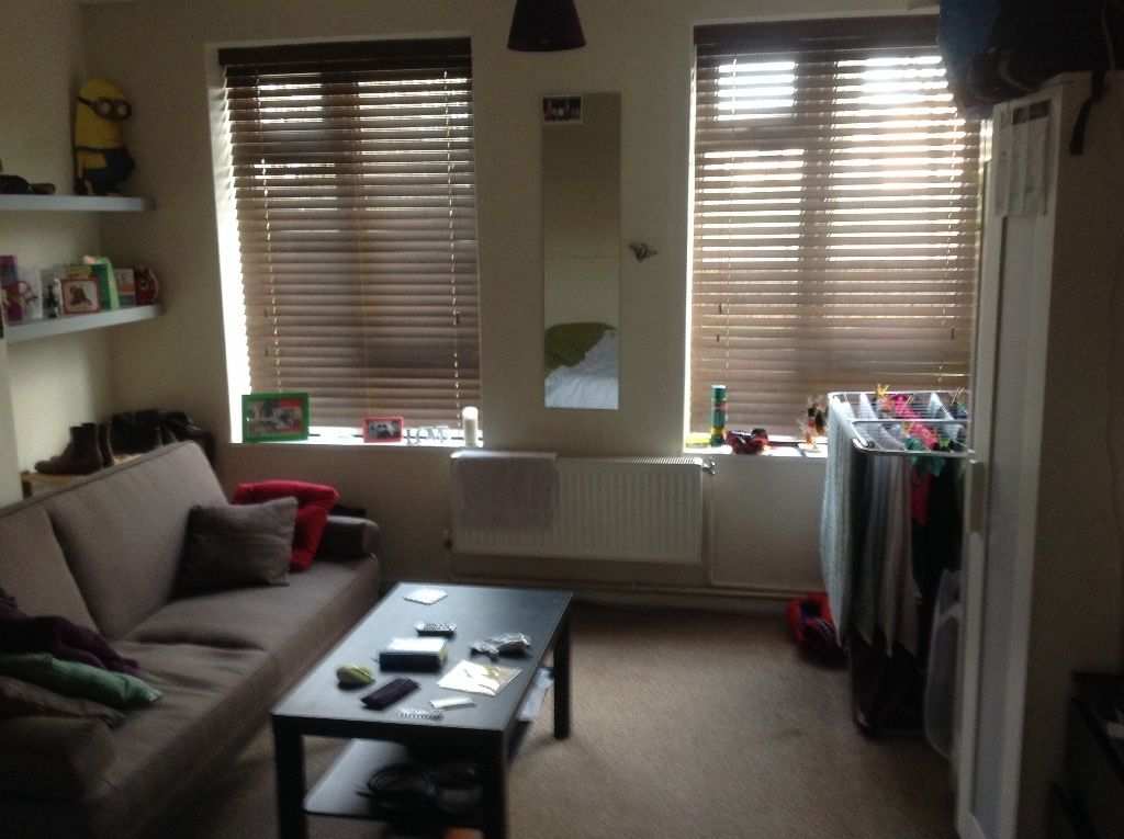 BIG DOUBLE ROOM,FULLY FURNISHED AT EAST FINCHLEY !!
