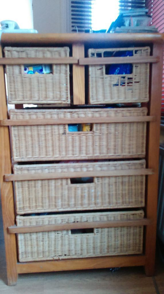 Solid Wood Chest of Drawer for Sale