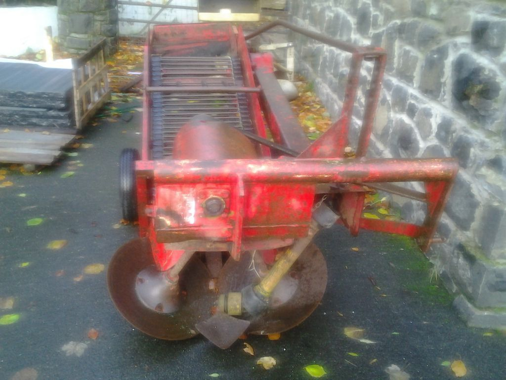 Foster Holt Single Row Potato Harvester For Sale