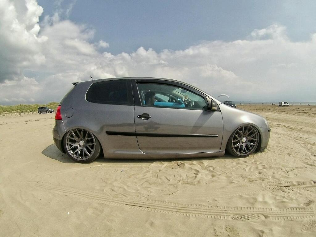 Volkswagen Golf with Air Ride